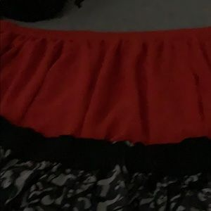 2skirt size m and sizeL
